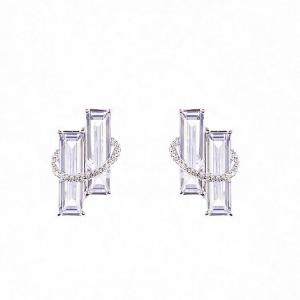 silverörhängen med två rekangulära stenar