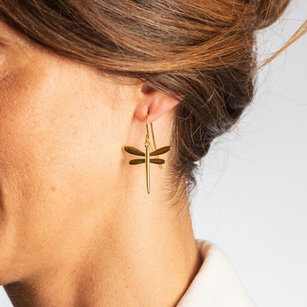 örhängen med sländor i guld