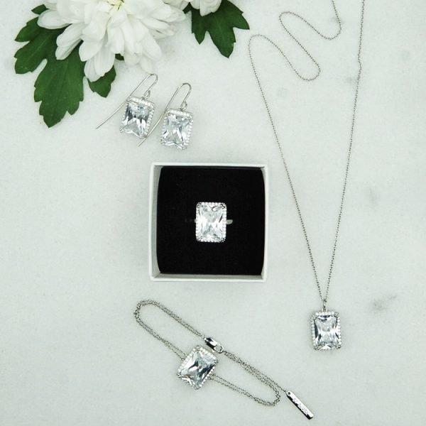 silverarmband med cubic zirkoner